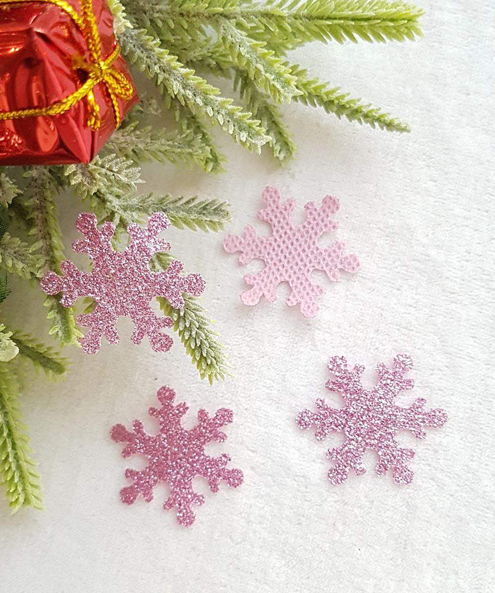 Снежинка розовый из тонкого блестящего материала 33мм