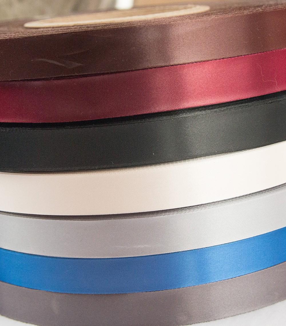 Лента сатин цветная+черный 15мм/250шт (5руб/шт.)